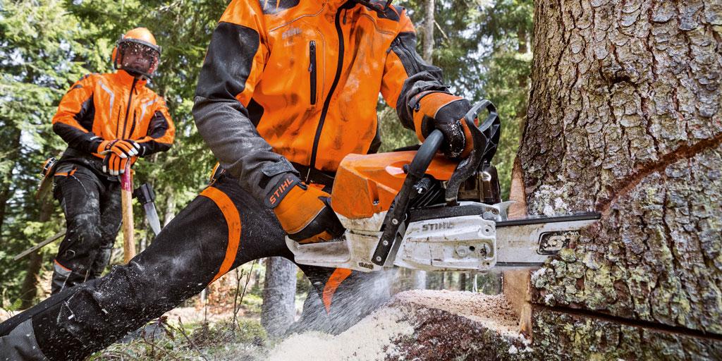 MS 462 - mootorsaag, mis mõeldud professionaalseteks metsatöödeks